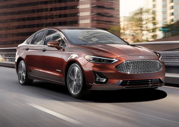 Nouveau Ford Fusion 2021