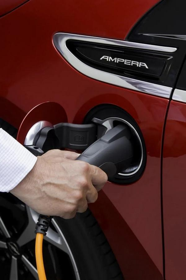 Nouveau 2021 Opel Ampera Range Extender: prix, photos ...