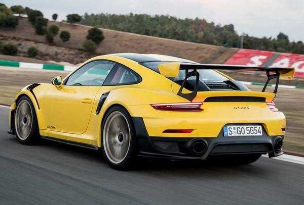 Porsche 911 GT2 2021