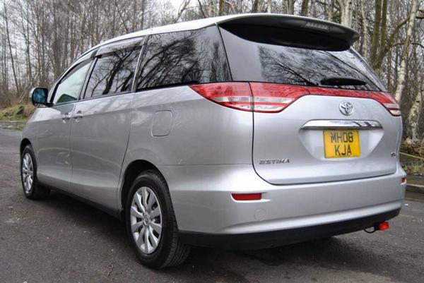 Toyota Estima 2021