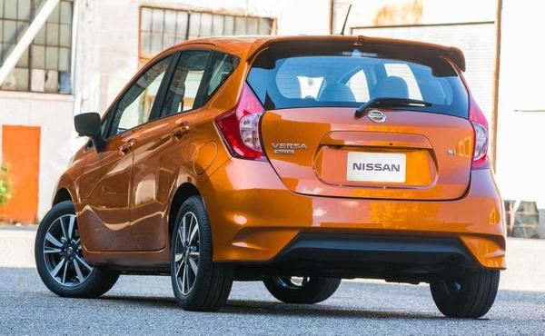 Nissan Versa Note 2021